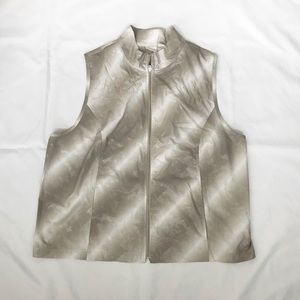 Zenergy by Chico's Shimmer Vest Size 4